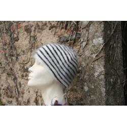 écru-noir 80% angora  bonnet