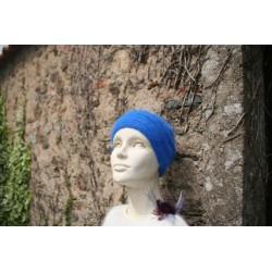 bleu roy 80% angora  bonnet...
