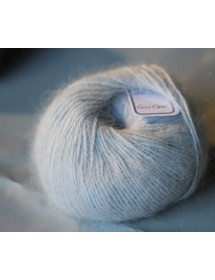 skein 100% angora light gray